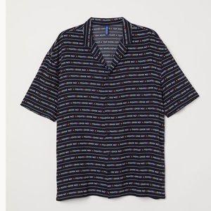 """H&M Resort Shirt """"Lover not a fighter"""""""